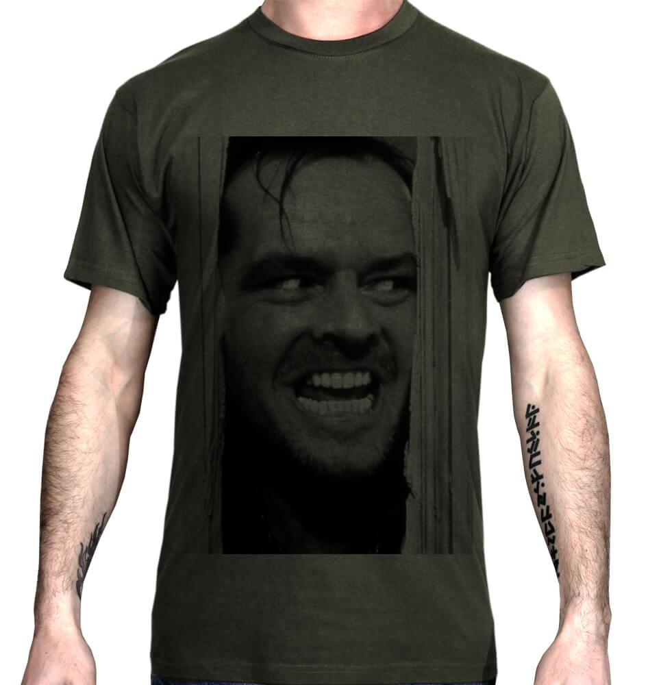 Imprimer un t-shirt personnalisé avec une photo sur textile foncé